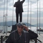Attaturk statue in harbor, southern Turkey - © Esther Cid-Nazario Feigenbaum